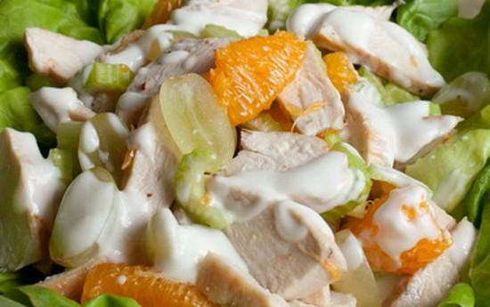 Рецепт «Салат из курицы с фруктами»