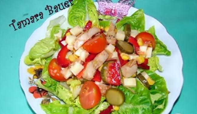 Салат из кукурузы с мясом курочки рецепт приготовления